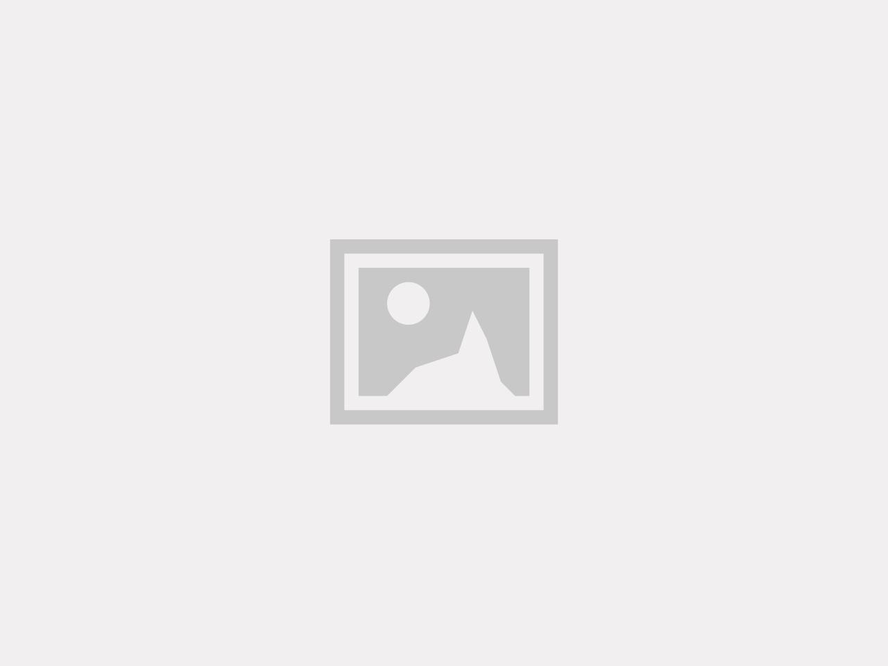 Hybrid Jacka Navy Nyhet kommer snart